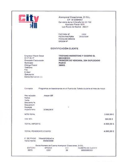 Una de las facturas aportadas por Guillermo Ortega.