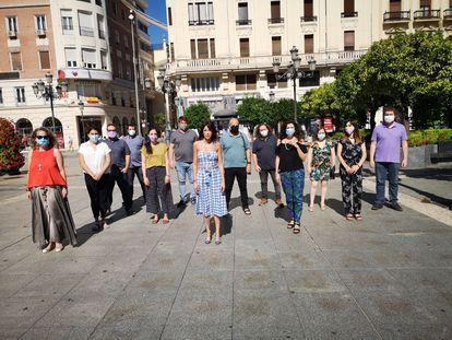 Martina Velarde, nueva líder de Podemos Andalucía, junto a su equipo en Córdoba, donde se ha constituido la nueva dirección del partido.