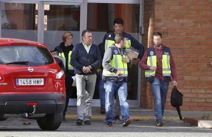Manel Bosch,  jefe de la sala central de Bomberos, tras su detención.