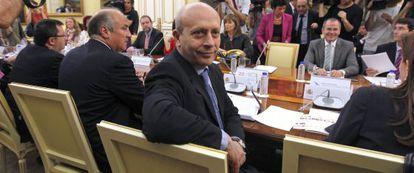 El ministro de Educación, José Ignacio Wert, con los consejeros de Educación autonómicos.