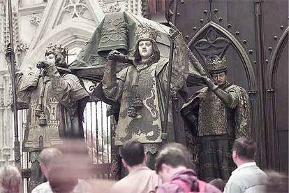 Tumba de Cristóbal Colón en la catedral de Sevilla.