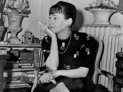 Dorothy Parker, en Nueva York, en 1945.