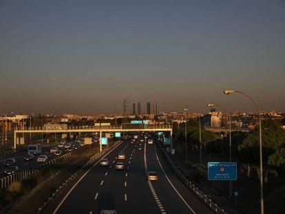 Boina de contaminación de Madrid vista desde la M- 40 a la altura de Pozuelo de Alarcón, en una imagen de archivo.