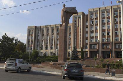 Una estatua de Lenin, en la plaza principal de Tiraspol.