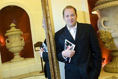 Rafael Rojas, ganador del Premio Anagrama de Ensayo.