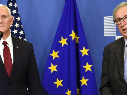 Mike Pence, vicepresidente estadounidense, con Juancker en Bruselas