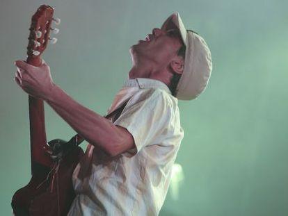 Manu Chao en el Prat del LLobregat,  en una actuación del Festival Esperanzah.