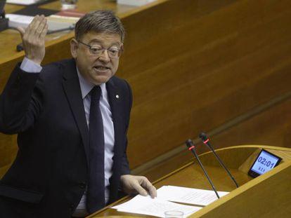 El presidente de la Generalitat, Ximo Puig, durante la sesión de control en las Cortes.