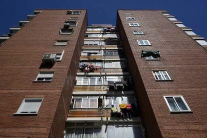 Edificio en la calle Castilla la Vieja de Fuenlabrada donde el PP ha pasado de ser la cuarta fuerza a ser la primera
