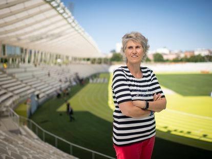 La periodista deportiva Paloma del Río, en el estadio de Vallehermoso de Madrid este lunes.
