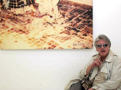 Iván Zulueta en una exposición sobre su obra en 2005.