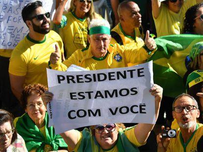 Seguidores de Bolsonaro, el domingo en São Paulo.