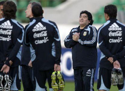 El seleccionador argentino durante un entrenamiento