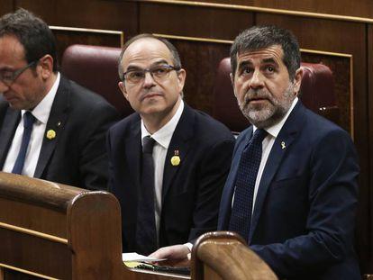 Desde la derecha: Jordi Sànchez, Jordi Turull y Josep Rull, durante la primera sesión en el Congreso el pasado martes.