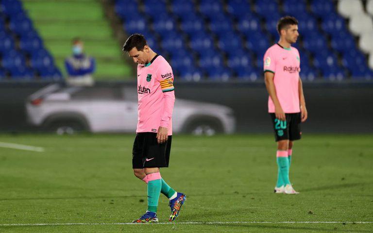 Lionel Messi al finalizar el partido, tras perder ante el Getafe por un tanto a cero este domingo en el Coliseum Alfonso Pérez.