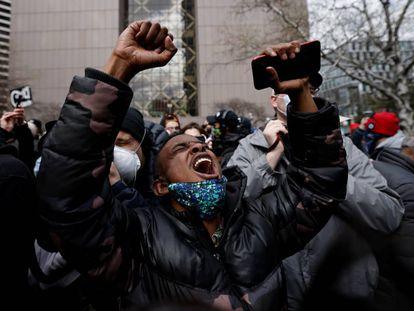 La celebración de la condena contra el policía que mató a George Floyd en Minneapolis, en imágenes