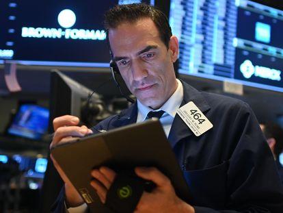 Un agente de Bolsa, el pasado jueves en Nueva York.