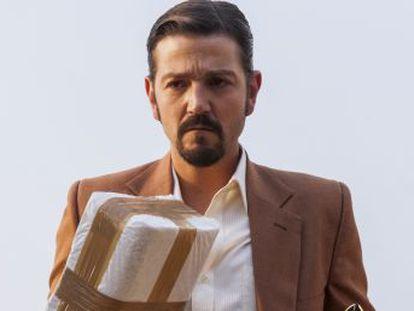 El actor se estrena como protagonista de la serie, por lo que ha sido criticado en México