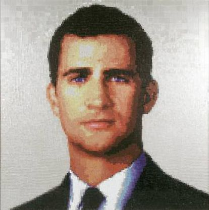 Retrato del príncipe Felipe, hoy rey, hecho por el grupo Mondongo en 2003.