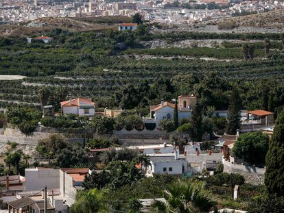 Imagen de varias de las viviendas afectadas en Motril (Granada).