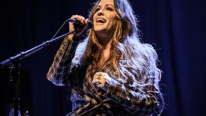 Alanis Morissette, en una actuación el 4 de marzo de 2020 en Londres.