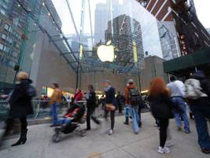 En la imagen, una de las tiendas de Apple en Nueva York. EFE/Archivo