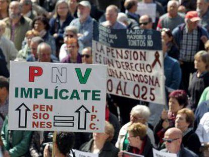 El PNV ha pactado con el Gobierno un alza de, al menos, el IPC y que se aplace a 2023 la aplicación del factor de sostenibilidad