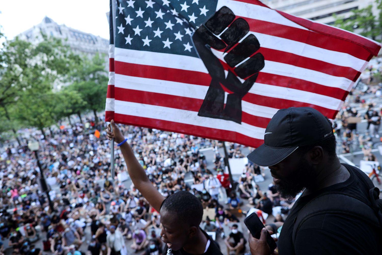Disturbios en Estados Unidos: Por qué los negros de EE UU no respiran | Internacional | EL PAÍS