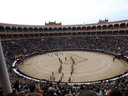 Tarde de toros en la plaza de Las Ventas.