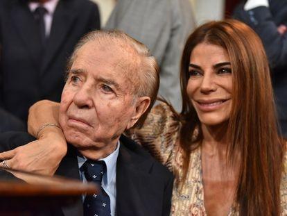Zulemita Menem y su padre, el expresidente argentino Carlos Menem, en diciembre de 2019.