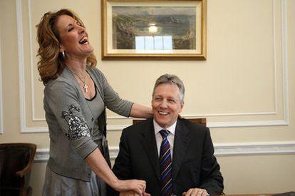 Iris Robinson y su marido, Peter, en una imagen tomada en junio de 2008.
