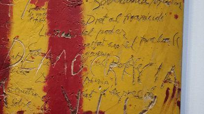 Fragmento de 'L'Esperit català', de 1971, donde puede leerse 'Democracia' y 'Dret al tiranicidi'.