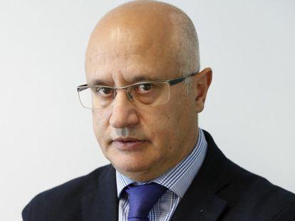 José Antonio Vega, director de CincoDías.