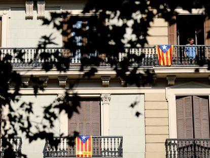 Esteladas en los balcones de Barcelona