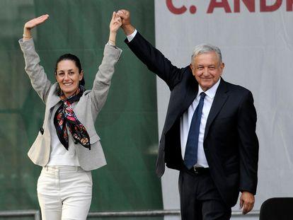 La jefa de Gobierno de Ciudad de México, Claudia Sheinbaum, y el presidente Andrés Manuel López Obrador, durante un acto en julio pasado.