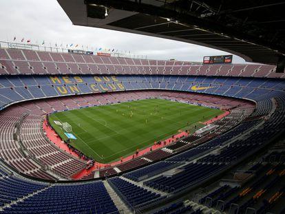 El 1 de octubre de 2017, el Barcelona recibió a Las Palmas en un Camp Nou vacío.
