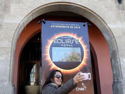 La sombra de la luna proyectada sobre la Tierra se podrá observar este martes en el país sudamericano, movilizado por este fenómeno