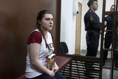 Anna Pávlikova, procesada por pertenencia a una organización extremista, en el juicio el pasado agosto en Moscú.