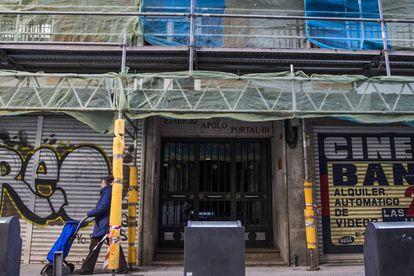 Edificio de Rúa Nova de Abaixo (Santiago de Compostela) donde se llevó a cabo la detención de algunas mujeres investigadas en la trama.