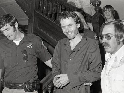 El asesino en serie Ted Bundy, en 1977.
