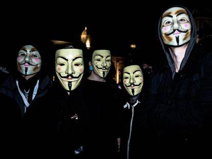 Manifestación en Londres convocada por el grupo de activistas Anonymous.