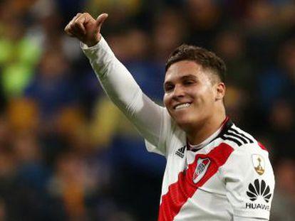 El delantero argentino y el centrocampista colombiano, fuera habitualmente de los focos, se convierten en las grandes estrellas