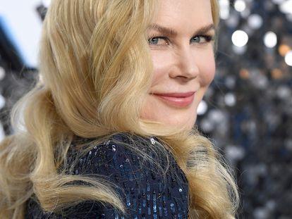Nicole Kidman sonríe a los fotógrafos de la alfombra roja de los premios ActorsGuild Awards el pasado enero en Los Ángeles, California.