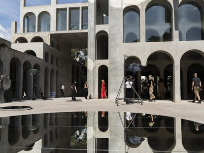 Grabación de un desfile para la edición digital de la 080 en el Espai XC de Xavier Corberó, en Esplugues de Llobregat.