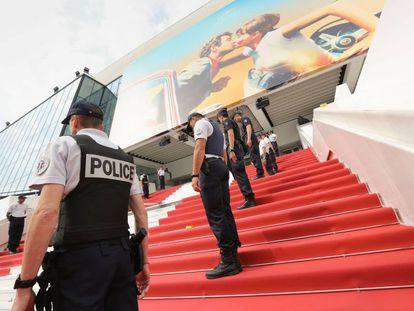 Ensayo ayer lunes de la ceremonia de inauguración del festival de Cannes.