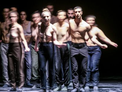 Un momento de 'Ion', del coreógrafo Christos Papadopoulos, que ofrece de forma gratuita la plataforma online del Festival de Otoño 2020.