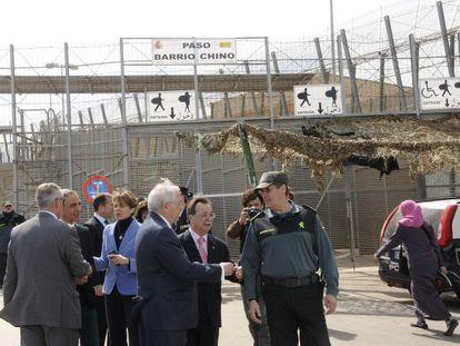 Visita de los presidente de Ceuta y Melilla a la valla melillense.