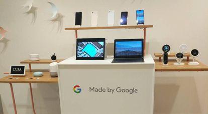 Google muestra varios dispositivos que funcionan con su asistente de voz.