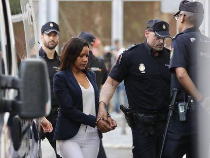 Llegada de Ana Julia Quezada a la Audiencia Provincial de Almeria.