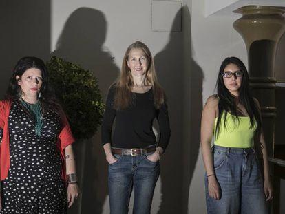 De izquierda a derecha, Dolores Reyes, Bonnie Jo Campbell y Mónica Ojeda.